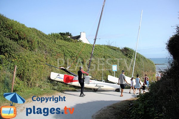 Accès à la plage de Port aux Moines - St Gildas
