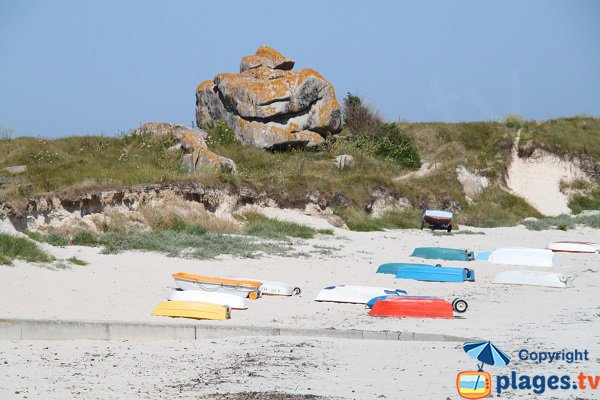 Boats on the Kerfissien beach in Cléder