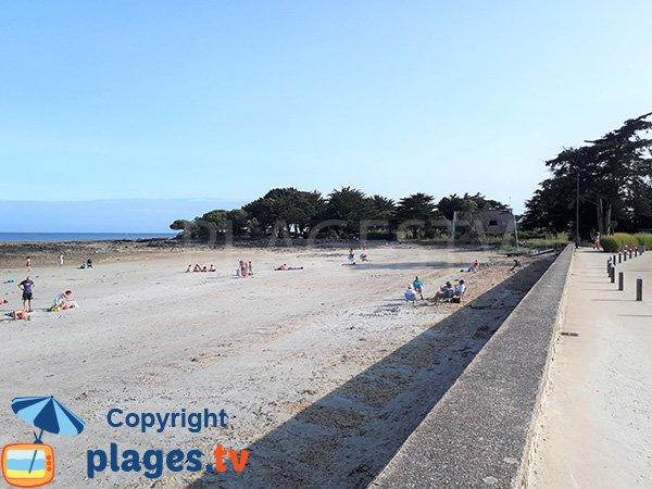 Belle plage de sable à Sarzeau - Kerfontaine