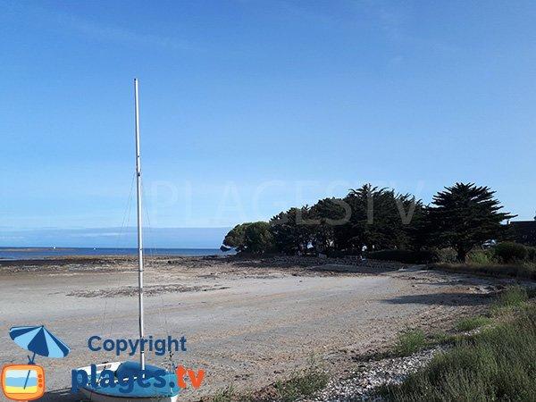 Rochers sur la plage de Kerfontaine - Sarzeau