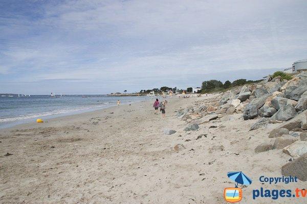 Beach of Kerguélen in Larmor-Plage
