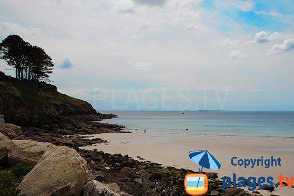Côté gauche de la plage de Kerhornou de Plouarzel