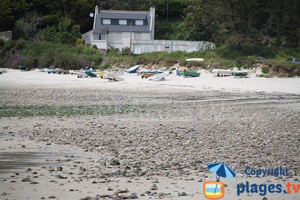 Annexes sur la plage de Kerhornou à Plouarzel