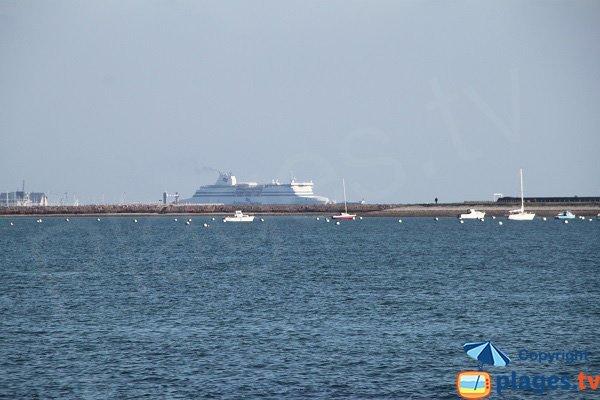 Ferry depuis la plage du Kerigou