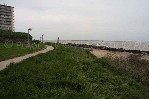 Photo near the fort of St Nazaire