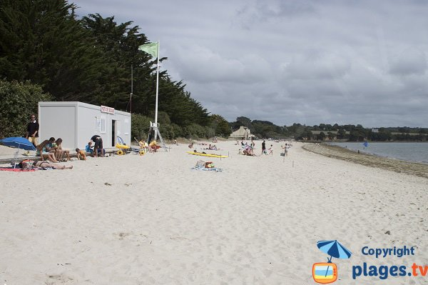Poste de secours de la plage de Kerleven - Forêt Fouesnant