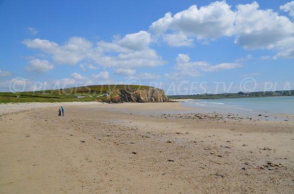 Plage de Kerloc'h sur la presqu'ile de Crozon en Bretagne