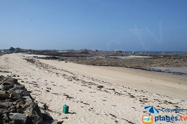 Photo de la plage de Kervaliou à Cléder en Bretagne