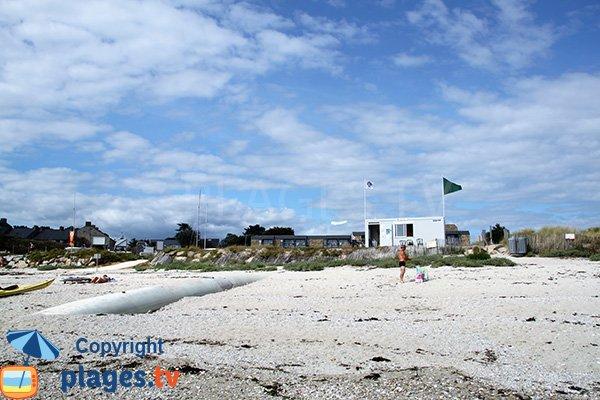 Poste de secours de la plage de Kerver