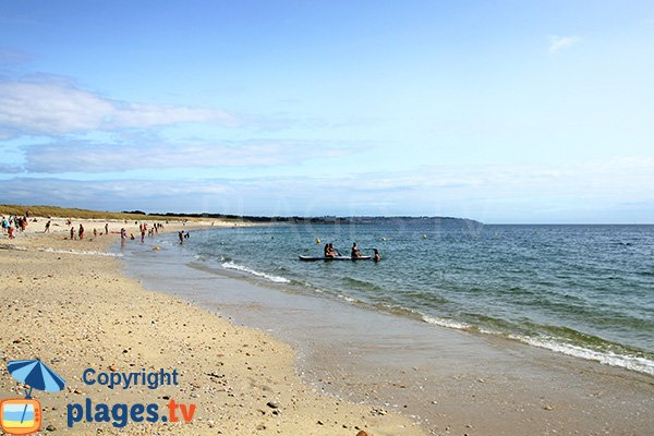 Kayak sur la plage de Kerver