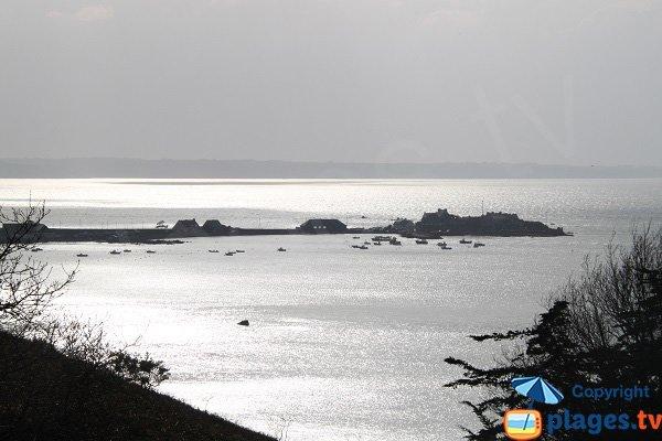 Presqu'île du port de Locquémeau