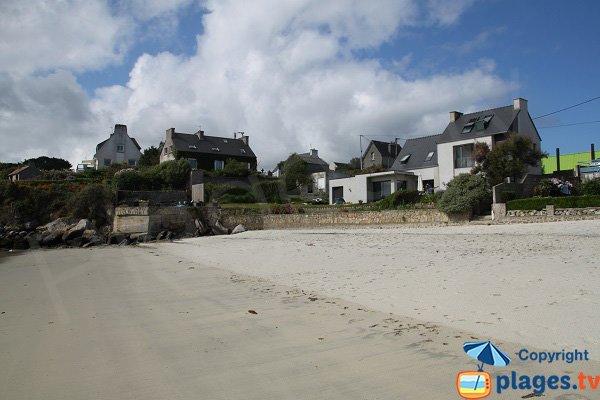 Maisons en bord de mer sur la plage de Plouguerneau
