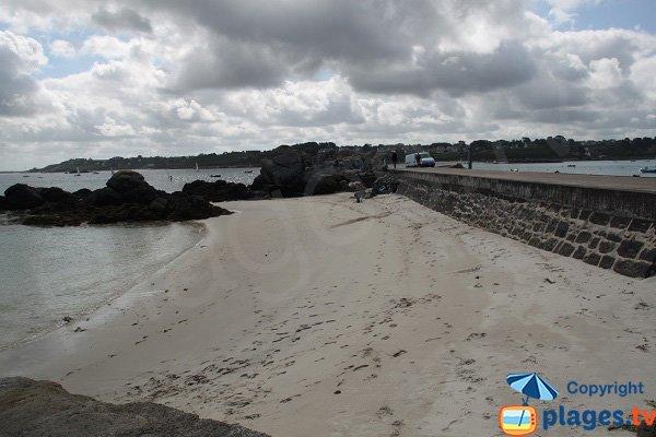 Plage de Korejou Port à Plouguerneau en Bretagne