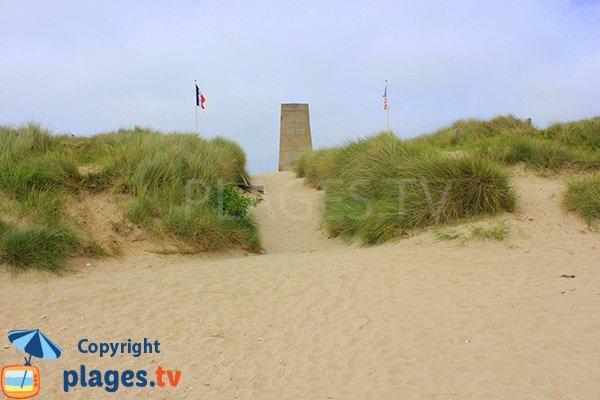 Accès à la plage de St Martin de Varreville en Normandie