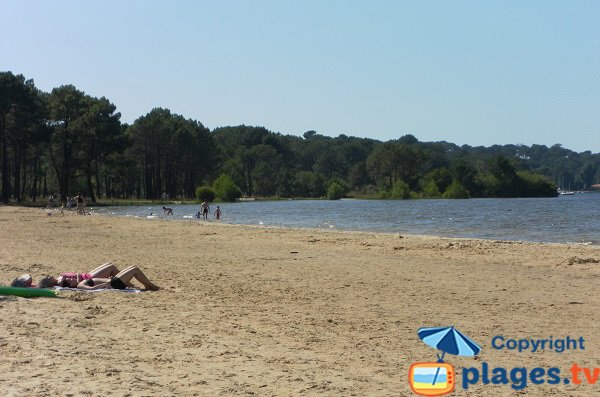 Lifeguarded beach around Biscarrosse lake - Navarrosse