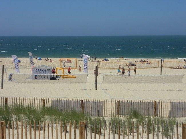 L'offerta di attività sulla spiaggia della Laguna è varia - Francia