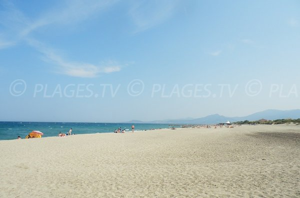 Photo of Lagune beach in Saint Cyprien - South of France