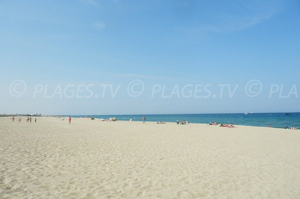 Lagune beach in Saint-Cyprien in France