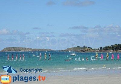 l'Islet vue depuis la plage de Lancieux