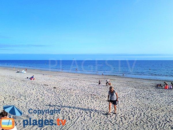 Grande plage de sable à Sarzeau - Landrezac