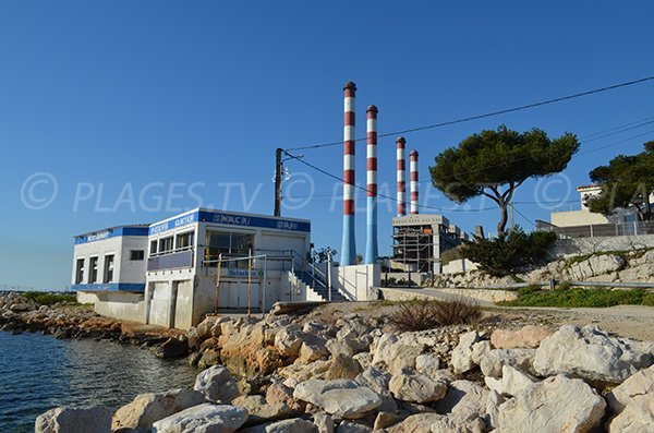 centrale elettrica EDF di Martigues e spiaggia dei Laurons