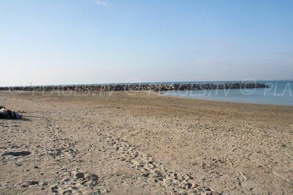 Plage du Lazaret depuis la Corniche de Sète