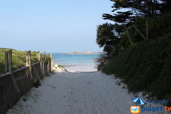 Access to the beach of Billou - Santec