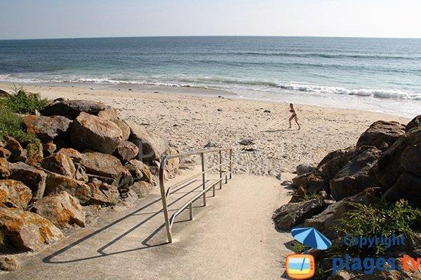 Rampe sur la plage du Gored à Plozevet - Finistère