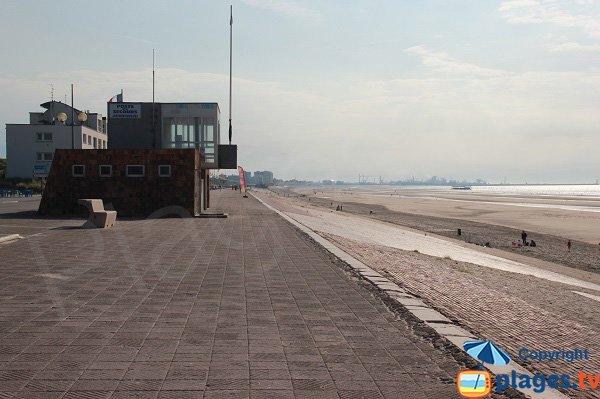 Spiaggia di Leffrinckoucke e servizio di sorveglianza e salvataggio