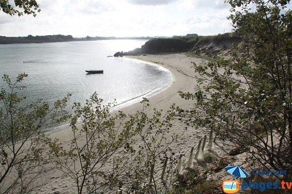 Photo de la plage des Garennes à Guissény