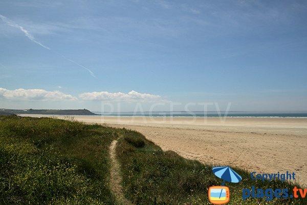Dune de la plage de Lestrevet à Plomodiern