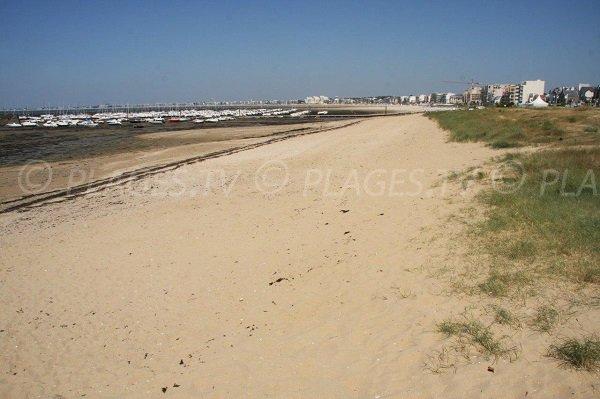 Vista generale della spiaggia dei Libraires Pornichet dal porto