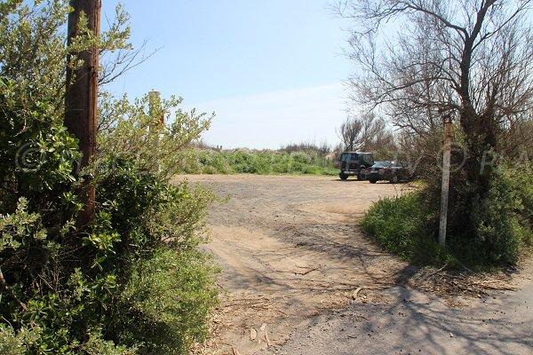 Parking de la plage du Libron à Vias
