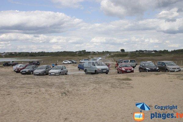Parking de la plage de Linès - Plouhinec