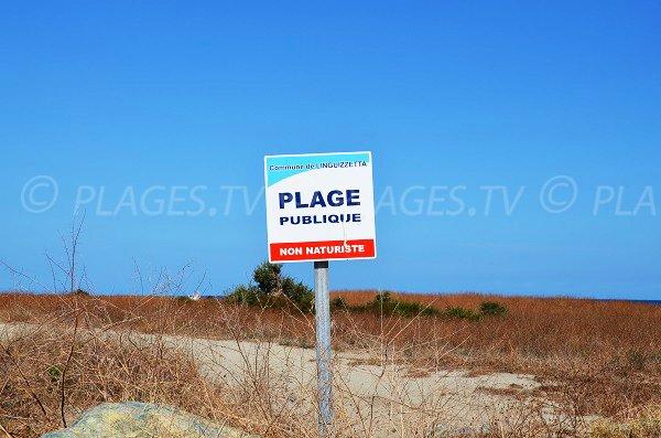 Not naturist beach in Linguizzetta - Corsica