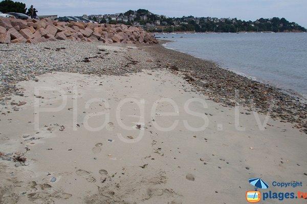 Sable sur la plage du Linkin - Perros-Guirec