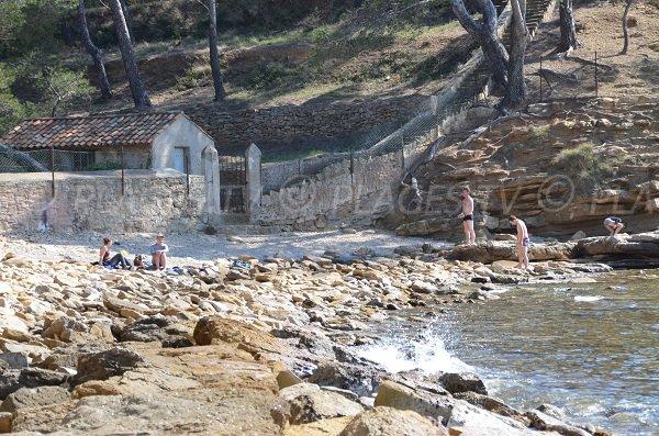 Wild beach in La Ciotat - Liouquet