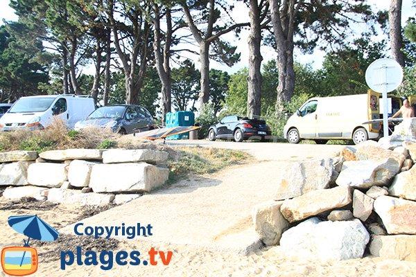 Parking de la plage de Locmiquel