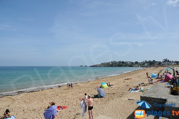 Photo of Longchamp beach in Saint Lunaire in France
