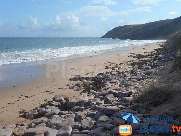 Plage du Lourtouais à marée haute - Cap Erquy