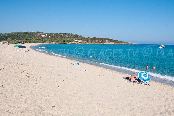 Photo de la plage de Lozari en Corse