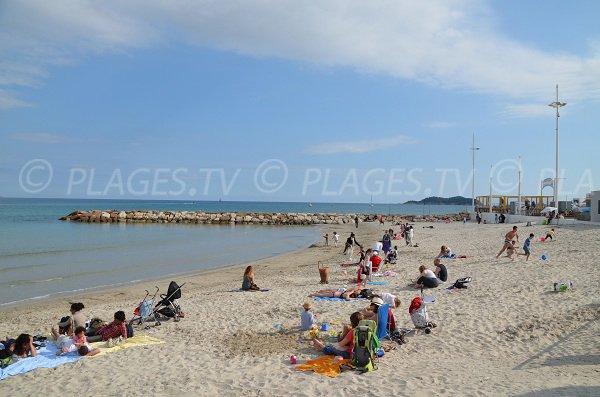 Smoke free beach in La Ciotat