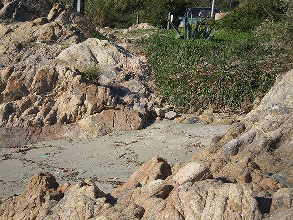 Petites criques sur la plage Macumba à Ajaccio