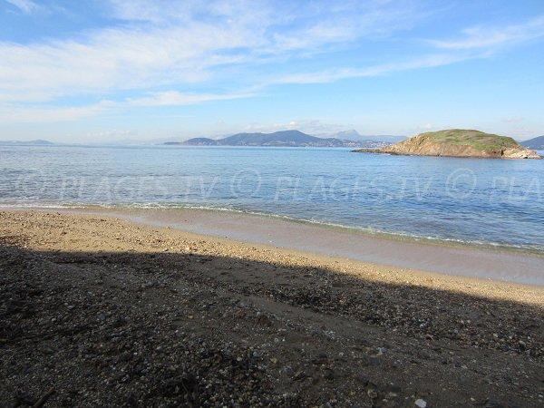 Isola di La Redonne e spiaggia della Madrague - Hyeres