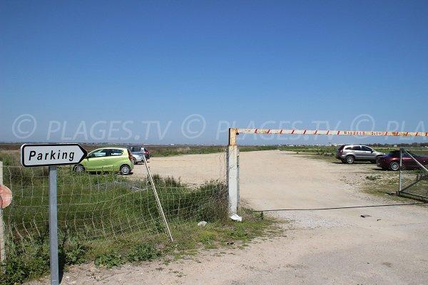 Parking de la plage de Maguelone en venant de Palavas