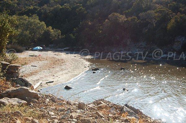 Photo de la plage de Malfalcu dans le désert des Agriates