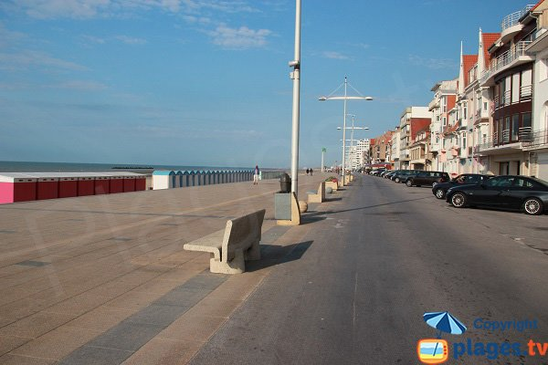 Stationnement en front de mer de Dunkerque