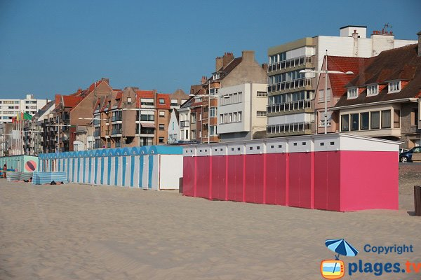 Photo of the bathing huts in Dunkerque in France