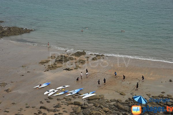 Sports sur la plage de la Malouine à Dinard