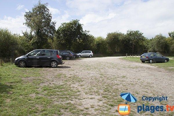 Parking de la plage de Manet Cloar Clevarec